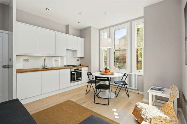 1 Bedroom Flat for sale in Hereford Road, London