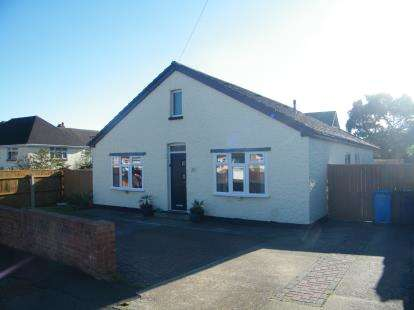 4 Bedrooms Bungalow for sale in Hamworthy, Poole, Dorset