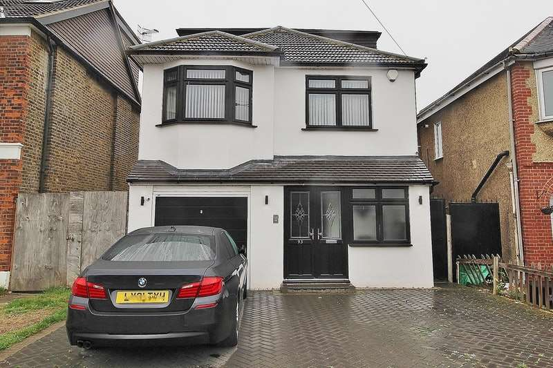 4 Bedrooms Detached House for sale in Goodmayes Lane, Ilford, Essex, IG3