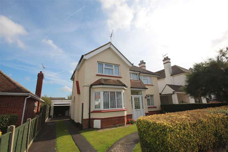 2 Bedrooms Detached House for sale in Holland Park, Clacton-On-Sea