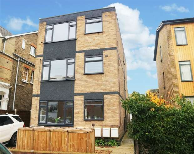 2 Bedrooms Flat for sale in 54 Venner Road, London