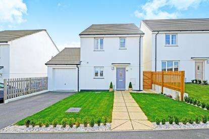 3 Bedrooms Detached House for sale in Quintrell Downs, Newquay, Cornwall