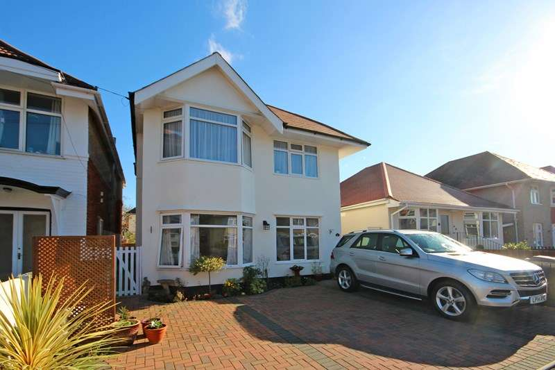 2 Bedrooms Apartment Flat for sale in Seaward Avenue, Southbourne, Bournemouth