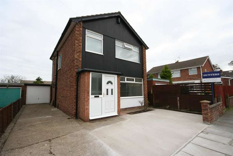 3 Bedrooms Detached House for sale in Grampian Way, Moreton, Wirral, CH46 0QF