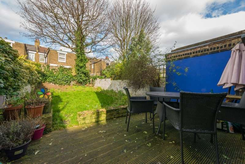 2 Bedrooms Flat for sale in Mortimer Road, Kensal Rise NW10