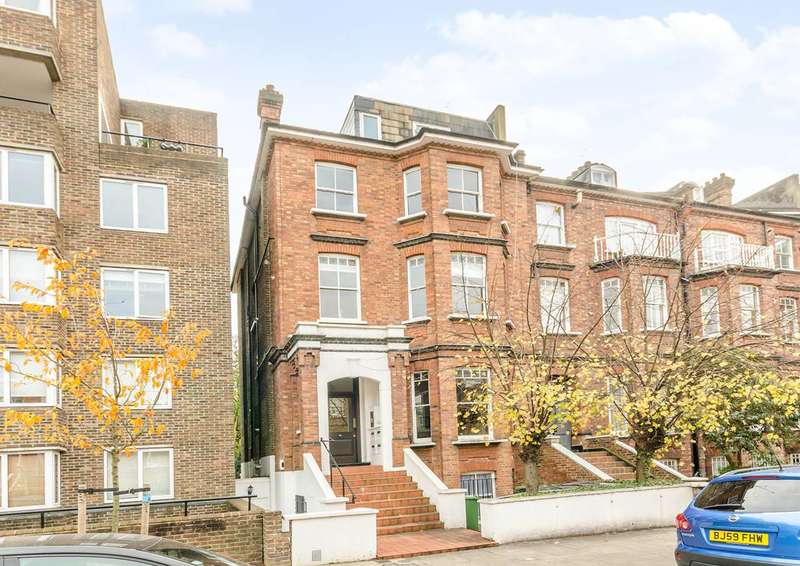2 Bedrooms Flat for sale in Adamson Road, Belsize Park, NW3