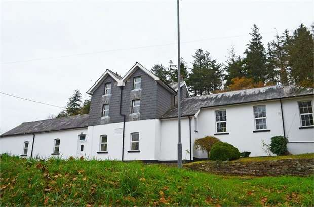 7 Bedrooms Detached House for sale in Defynnog, Defynnog, Brecon, Powys