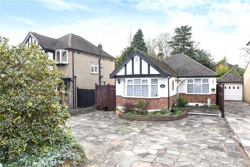 2 Bedrooms Detached Bungalow for sale in Strangeways, Watford, Hertfordshire, WD17