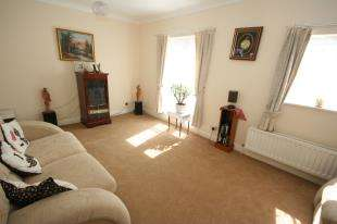 4 Bedrooms Terraced House for sale in Leeward Quay, Eastbourne, East Sussex