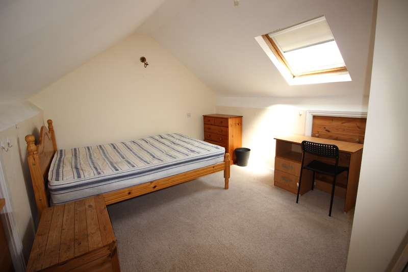 6 Bedrooms House for rent in Letty Street , Cathays, Cardiff