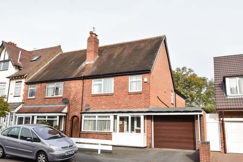 4 Bedrooms Semi Detached House for sale in Woodlands Road, Sparkhill, Birmingham, B11