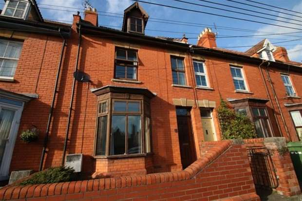 3 Bedrooms Terraced House for sale in Manor House Road, Glastonbury