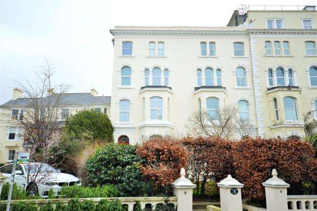 1 Bedroom Flat for sale in Sunset Court, 8-9 Orchard Gardens, Teignmouth, Devon