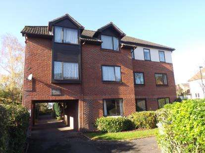 1 Bedroom Flat for sale in Grosvenor Road, Highfield, Southampton