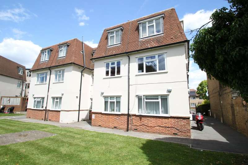 2 Bedrooms Ground Flat for sale in Cambridge Road, Kingston Upon Thames