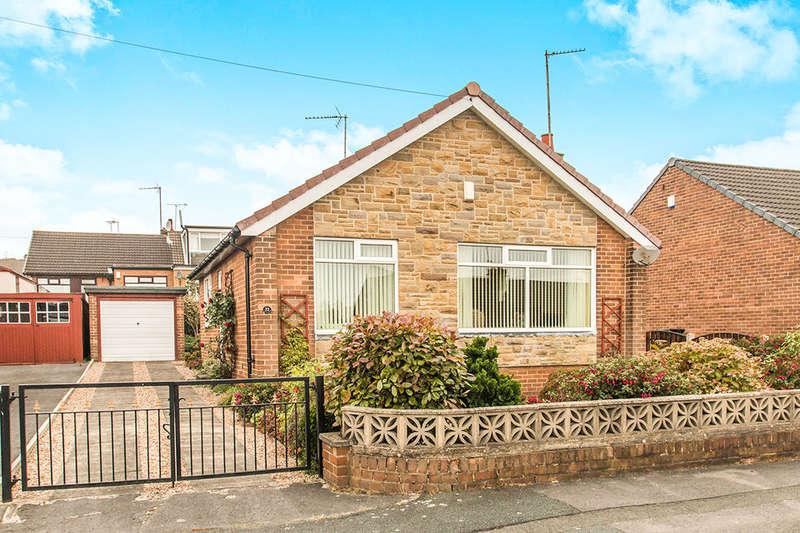2 Bedrooms Detached Bungalow for sale in Croft House Lane, Morley, Leeds, LS27