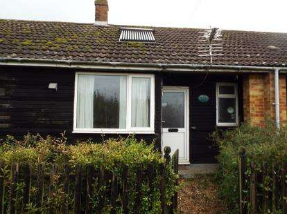 1 Bedroom Bungalow for sale in Walpole St Andrew, Wisbech, Cambs