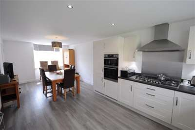 4 Bedrooms House for rent in Harvest Drive