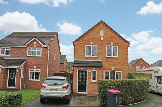 3 Bedrooms Detached House for sale in Grazing Drive, Irlam, Manchester