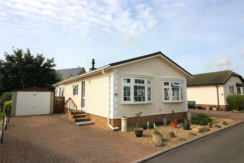 2 Bedrooms Park Home Mobile Home for sale in Norton Fitzwarren, Taunton, Somerset