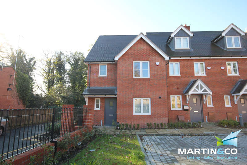 3 Bedrooms Semi Detached House for rent in Weather Oaks, Harborne, B17