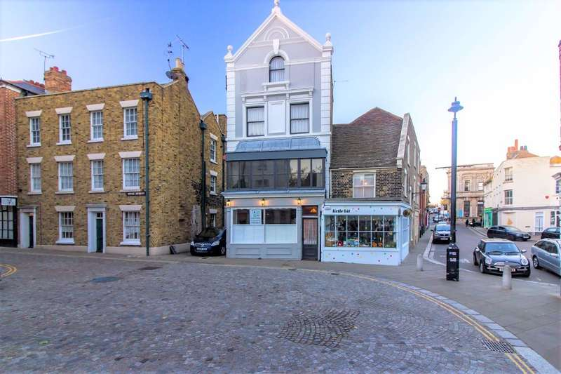 4 Bedrooms Semi Detached House for sale in Old Town Margate
