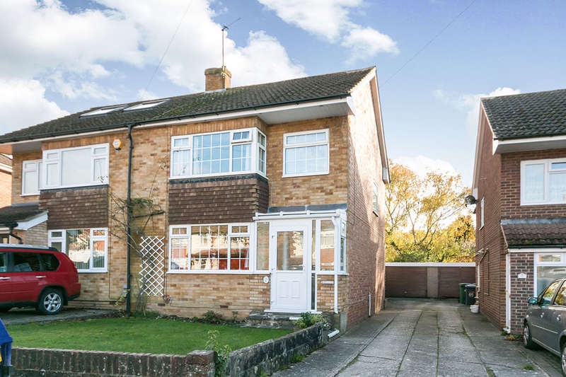 3 Bedrooms Semi Detached House for sale in Morley Road, Basingstoke, RG21