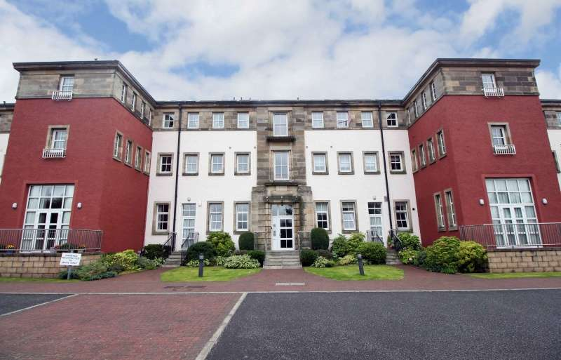 4 Bedrooms Maisonette Flat for sale in Queensferry Road, Dunfermline, Fife, KY11 3AH