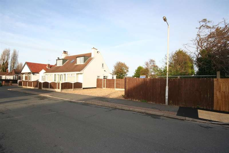 4 Bedrooms Bungalow for sale in Stavordale Road, Wirral, CH46 9PP