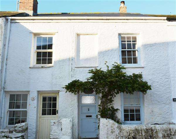 2 Bedrooms Property for sale in Portscatho, Cornwall. TR2