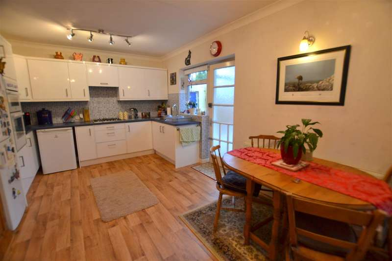 3 Bedrooms Bungalow for sale in Stanborough Road, Plymouth