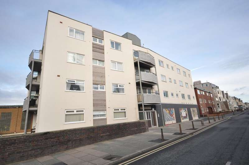 1 Bedroom Flat for sale in Kennedy House, South Shore, Blackpool, Lancashire, FY1 6BY