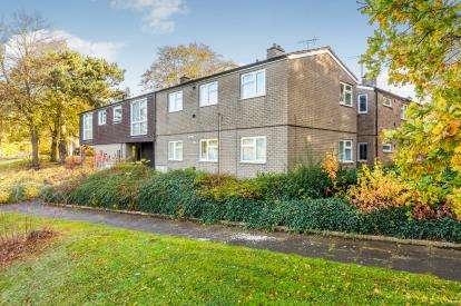 1 Bedroom Flat for sale in Grace Way, Stevenage, Hertfordshire, England