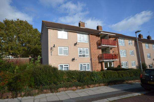 2 Bedrooms Flat for sale in King Arthurs Road, Beacon Heath, Exeter, Devon