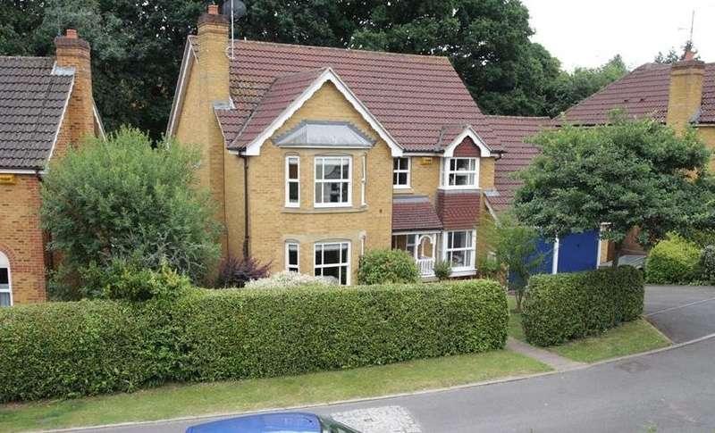 4 Bedrooms Detached House for sale in Barefoot Close, Tilehurst, Reading, RG31