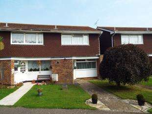 3 Bedrooms End Of Terrace House for sale in The Causeway, Pagham, Bognor Regis, West Sussex