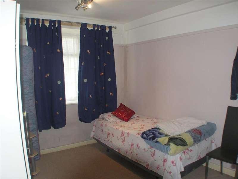 3 Bedrooms Apartment Flat for sale in London Road, Thornton Heath, Croydon, Norbury, Surrey