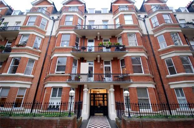 3 Bedrooms Flat for sale in Wymering Mansions, Wymering Road, Maida Vale, London