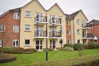 1 Bedroom Flat for sale in Atkinson Court, East Cosham, Portsmouth, PO6 2HZ