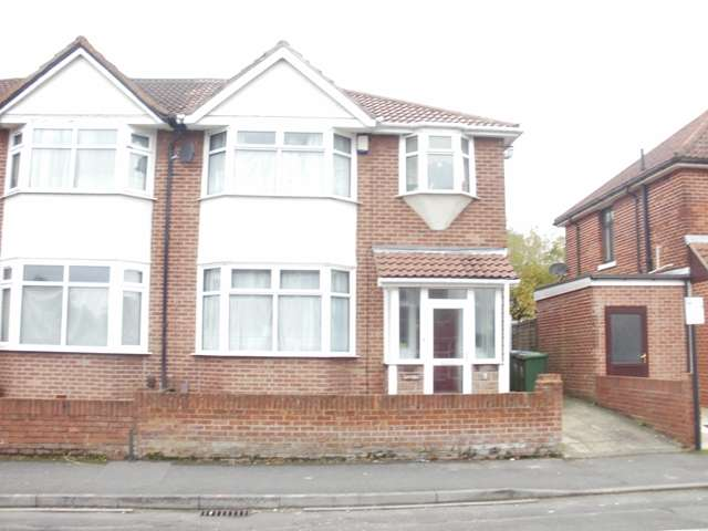 6 Bedrooms Semi Detached House for rent in Sherborne Road, Highfield, Southampton
