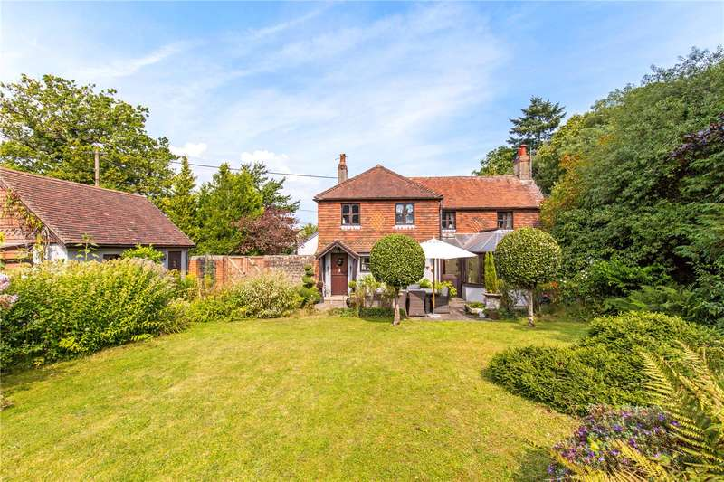 4 Bedrooms Detached House for sale in Heath End, Petworth, West Sussex, GU28