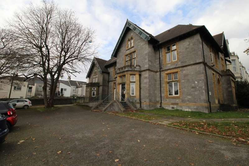 4 Bedrooms Flat for rent in Whitefield House Baring Street, Plymouth, PL4