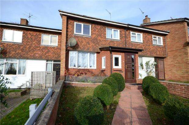 3 Bedrooms Terraced House for sale in Grove Hill, Caversham, Berkshire