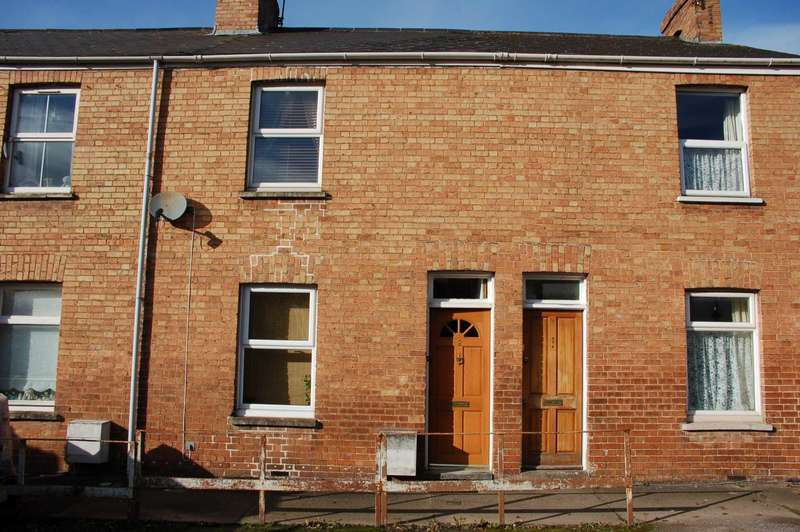 2 Bedrooms Terraced House for sale in Higher Palmeston Road, Taunton