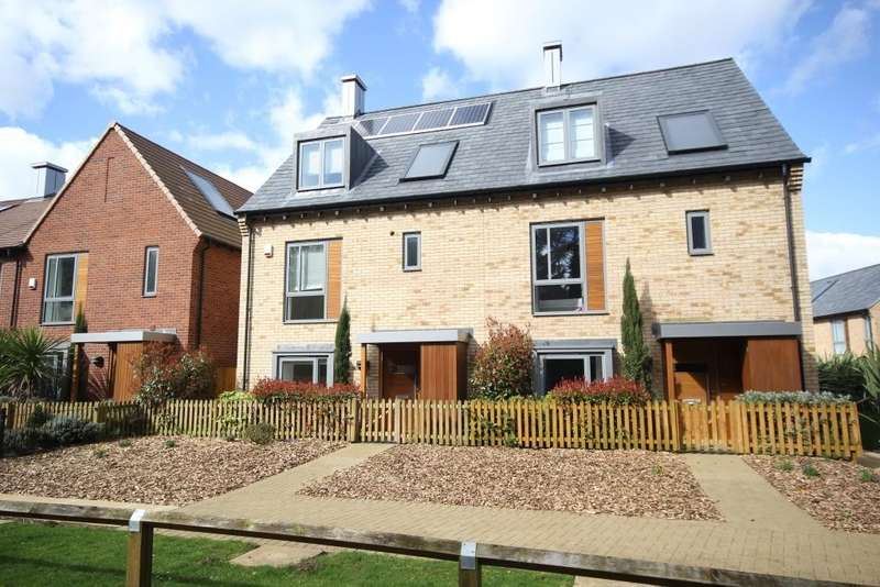 4 Bedrooms End Of Terrace House for rent in Spring Drive, Trumpington