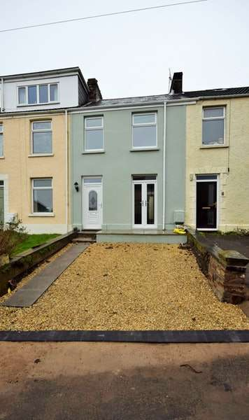 2 Bedrooms Terraced House for sale in Greenfield Terrace, Swansea, Swansea, SA2