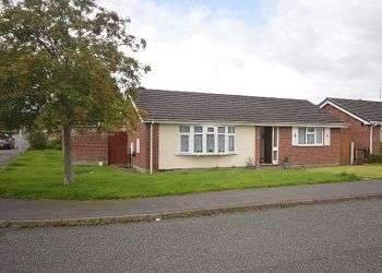 3 Bedrooms Detached Bungalow for sale in Rochester Crescent, Sydney, Crewe, CW1 5YF