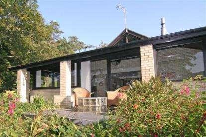 2 Bedrooms Bungalow for sale in Borth-Y-Gest, Porthmadog, Gwynedd, LL49