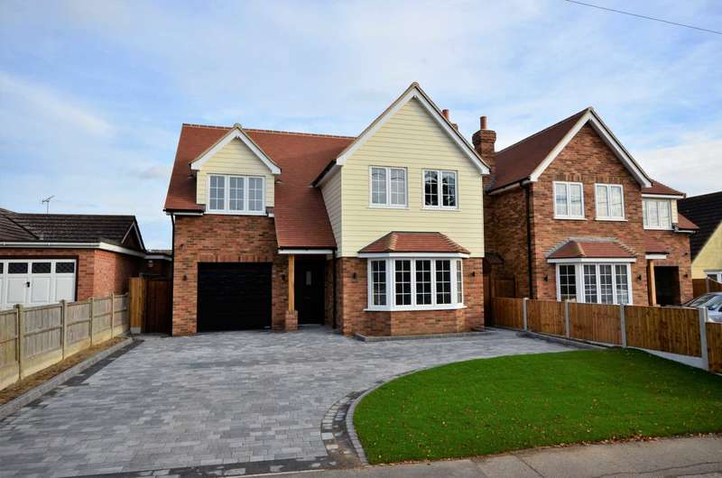 4 Bedrooms Detached House for sale in Park Lane, Ramsden Heath, Billericay