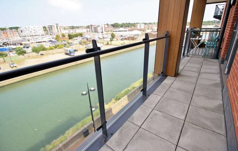 2 Bedrooms Apartment Flat for rent in Zephyr Court, Stoke Quay